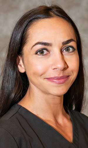Dr. Claudia Tamas